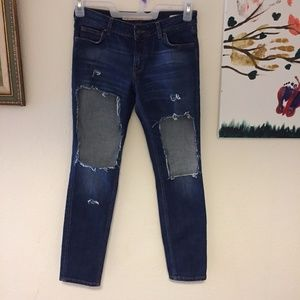 Zara Relaxed Fit Jeans. Size 2
